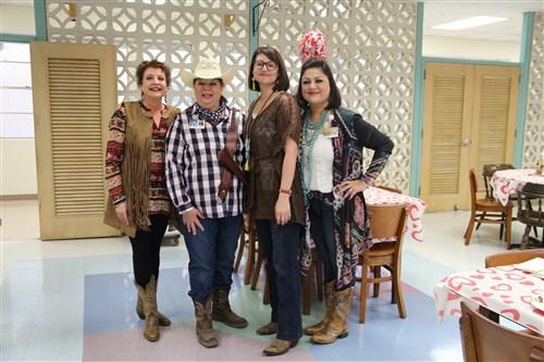 VOTION Curnow STEMMERDING Saenz Cowgirl Winners 1 To 4 (500 X 333)